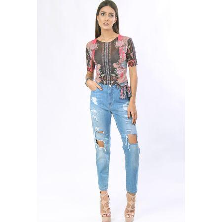 Calça Jeans Com Rasgos E Lenço Multiuso
