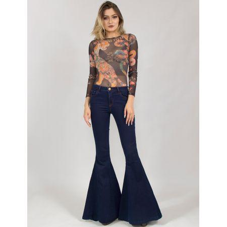Calça Jeans Escura Com Boca Larga