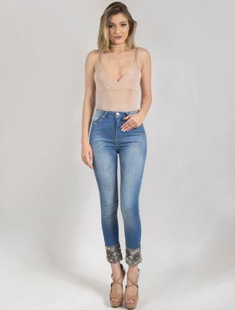 Calca-Jeans-Skinny-Com-Bordado-Na-Barra