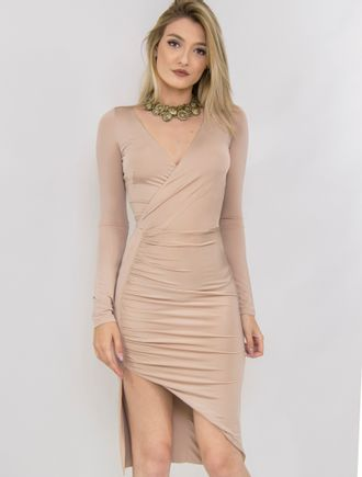 Vestido-Curto-De-Malha-Com-Decote-Em-V