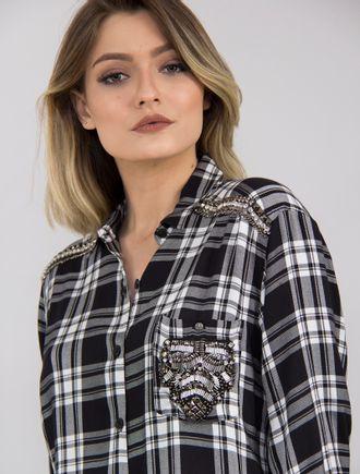 camisa-xadrez-com-bordado-43236_PRETOOFFWH