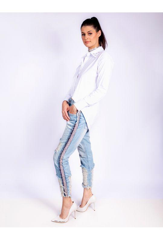 Calca-Jeans-Bordada-Strass-Lateral