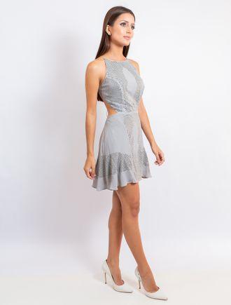Vestido-Curto-Com-Transfer-E-Bordado