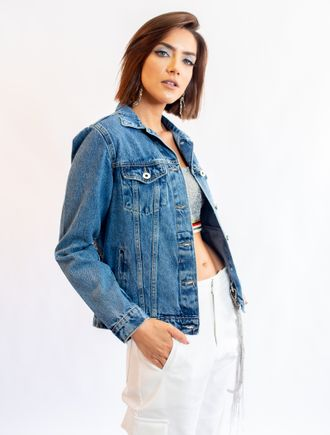 Jaqueta-Jeans-Com-Bordada-De-Correntes-Nas-Costas